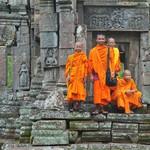 佛教是最和平的宗教?你聽過佛教極端主義嗎?舉槍迫害穆斯林的激進武裝僧侶…
