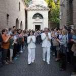 全市市民共演一部戲,這可能嗎?義大利古城社區集體創作、解放身體竟有這麼多好處…