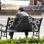 想在台灣安心過退休生活,至少要存多少錢?人力銀行公開調查結果,上班族目標是…