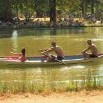 這裡可以不穿衣服!巴黎市議會同意首度開放「裸體公園」,解放身體也不用怕偷窺、挑釁