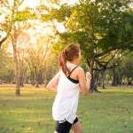 跑步後的腿部痠痛讓你崩潰了嗎?中醫師的舒緩建議,這4個地方各按幾下試試吧!
