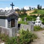 唸建築卻愛墓仔埔!他閒來就跑公墓,發現一塊神秘外國人墓碑,竟藏重大高雄海運史!