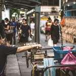 霸佔人行道又破壞市容?泰國政府取締街頭攤販的政策,簡直是觀光與經濟上的自殺