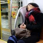 睡不飽而病態的日本學童!念書到12點,6點又早起練社團,國中就患慢性疲勞症候群
