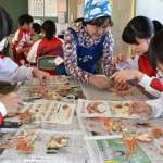 整隻越前蟹怎麼吃?福井縣國三生上課學剝蟹吃法