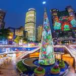 不必出國也能看到全球最令人驚豔的聖誕樹 新北市耶誕城打造全球唯一360度3D光雕耶誕樹