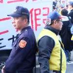 民進黨執政下的過勞員警:拒馬架好架滿、連上20小時,2個月警察這樣被操爆