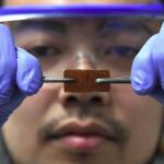 最新研究》日本科學家意外研發出一款能「自動癒合」的玻璃!常摔到手機的人有福了