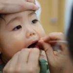 小孩喉嚨痛、發炎要吃什麼藥?小兒科醫師告訴新手爸媽4種常用藥