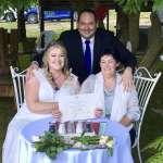 大喜之日就是今天!澳洲同婚法正式生效 同志伴侶搶在子夜辦婚禮