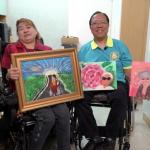 「畫畫讓我忘記傷痛」 53歲香港痙攣女患者舉辦個展