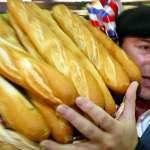 為自家美食爭名分!法國總統馬克宏要為長棍麵包申請「世界文化遺產」