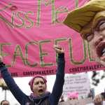 川普執政周年》女人進軍華盛頓、婦女投入選舉… 川普上任第一年 姐姐妹妹挺身對抗厭女症總統