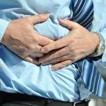 肚裡有膽結石不痛不癢,一定要拿掉嗎?醫生:放著不管,小心「微創手術」變「開大刀」