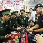 宿敵變盟友?美軍航母訪問越南,中國扮鎮定:對美越合作不持異議