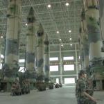 關島殺手服役!「可打航母與地下指揮所」,解放軍公開列裝東風-26飛彈