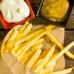 薯條「綠綠的」,吃下去會中毒嗎?先別緊張!馬鈴薯會變色,也可能是這些原因…