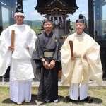 台灣帥哥嚮往日本神道教,成屏東高士神社首位台籍神官!他能入行是因為有這個「爸爸」