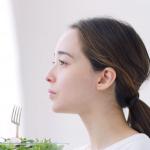 天氣熱,皮膚容易紅癢、冒痘?保濕防曬外,多吃這8種蔬果補水、抗發炎