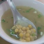 老台南人吃香腸熟肉,都會跟老闆要一碗「豆仔湯」!從「荷蘭豆」看荷據時期的歷史
