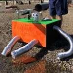 打水漂有秘訣?前NASA工程師做出「打水漂機器人」,掌握4大關鍵,一顆石頭竟能彈60下