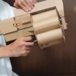 太猛啦!日本DIY神人又發威,回收「衛生紙捲筒」變榴彈,「轉輪式發射」帥到推特大轟動