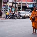 泰國十個和尚五個肥?!托缽化緣竟發胖,學者呼籲僧人自我健康管理