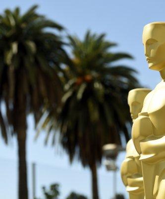《月光下的藍色男孩》榮獲最佳影片  《樂來越愛你》拿下六項大獎   第89屆奧斯卡完整得獎名單