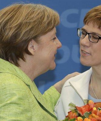 薩爾邦選舉拉開德國大選年序幕 梅克爾領導的基民盟贏得漂亮勝仗
