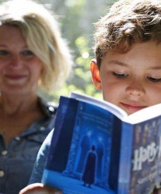 熱愛魔法世界的麻瓜有福啦!《哈利波特》問世20周年 兩本魔法新書今秋出版