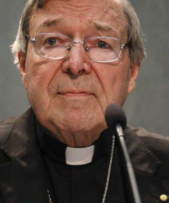 曾說「期待在法庭洗清名聲」遭控性侵的澳洲樞機主教佩爾首次出庭不發一語