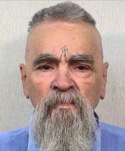 2014年81歲的曼森攝於獄中。(圖/維基百科)