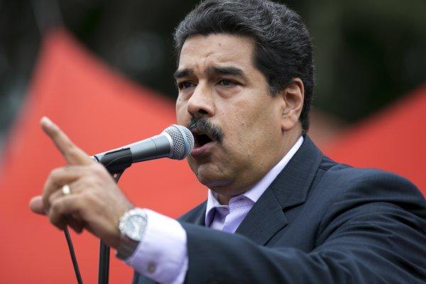 調漲基本薪資40%!委內瑞拉2018下猛藥 專家:通膨可能更嚴重
