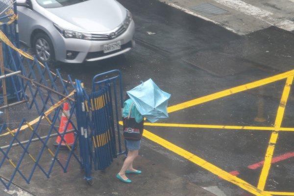 颱風假爭議