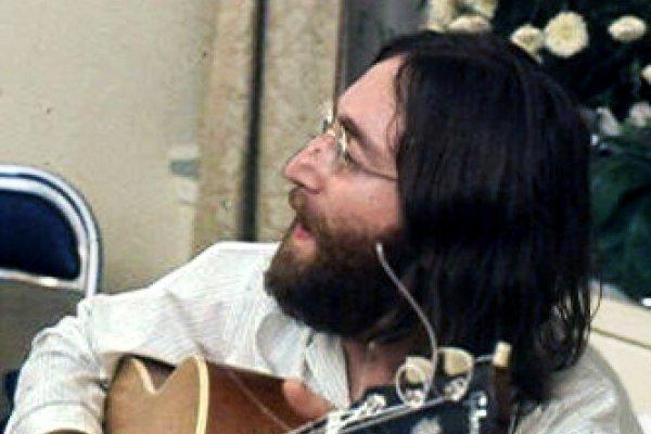 歷史上的今天》12月8日──搖滾傳奇戛然隕落,「披頭四」主唱約翰藍儂遭瘋狂歌迷槍殺身亡
