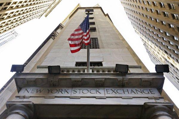 「大能不能倒」的金融機構「大到沒人懂」──《與鯊魚游泳》書摘(4)