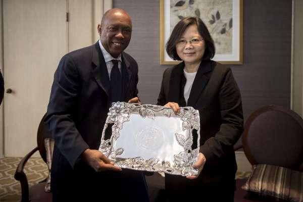 支持台灣民主?施壓中國工具?美國推出《台灣旅行法》的多重意義