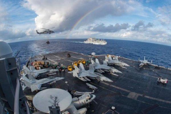 川普增派「卡爾文森」號駛向南海探路