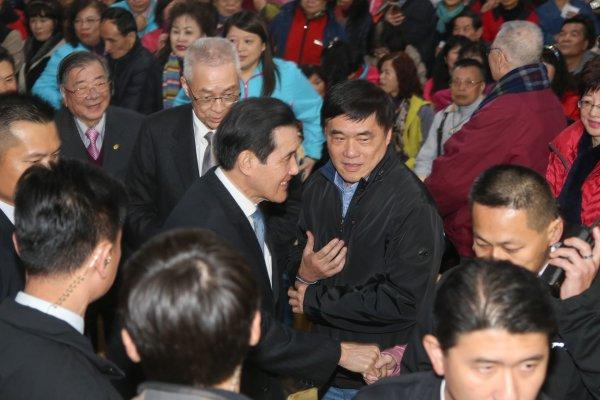 吳敦義、郝龍斌同場出席法會 與馬英九互動暗藏玄機