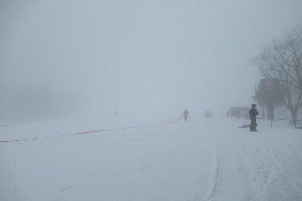 日本栃木縣滑雪場驚傳雪崩,高中師生8死40傷