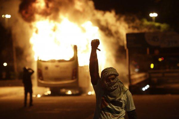 年金改革巴西版》政府上修退休年齡 百萬人罷工上街抗議