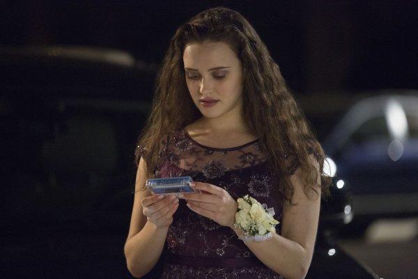 電視劇觸及自殺禁忌怎麼辦?《漢娜的遺言》紐西蘭列為限制級 加拿大小學禁止學生談論