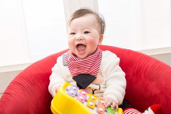 未來懂得玩的人就是傑出人才!寶寶1歲前,父母該重視的是發展反應,而不是速度