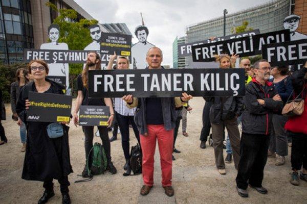 土耳其人權鬥士相繼淪為階下囚 國際特赦組織敦促歐盟向土耳其施壓放人
