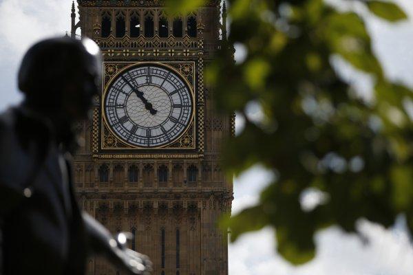 英國大笨鐘要消音4年  反對聲浪不絕於耳