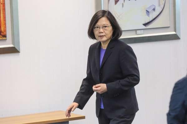 台灣民意基金會民調》蔡總統民度再跌5個百分點,僅3成9支持