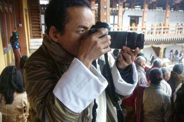 高雄漾藝術博覽會12/8登場 不丹藝術家參展吸睛