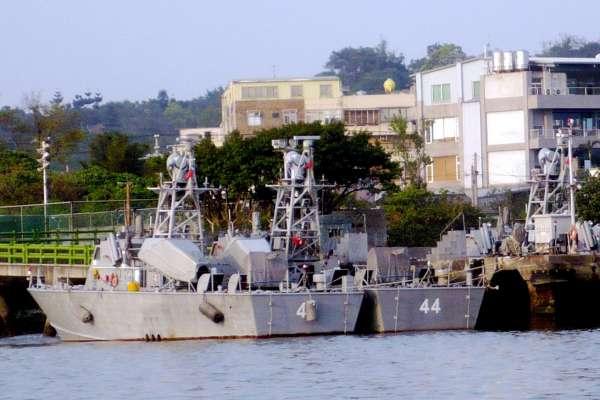 海軍造60艘微型飛彈突擊艇 不用出海、港內就可發射雄三飛彈