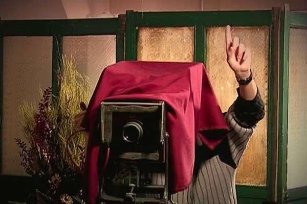 薔薇街上的照相館:《花街往事》選摘(2)