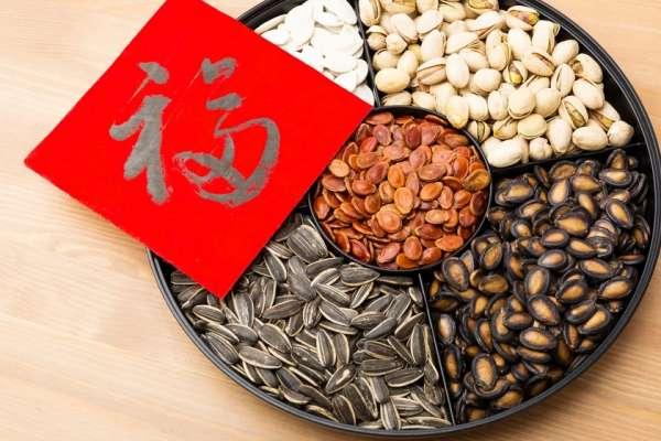 你家年節零食安全嗎?專家提醒小心「這些」添加物,貪嘴更要懂食安,否則身體壞了了!